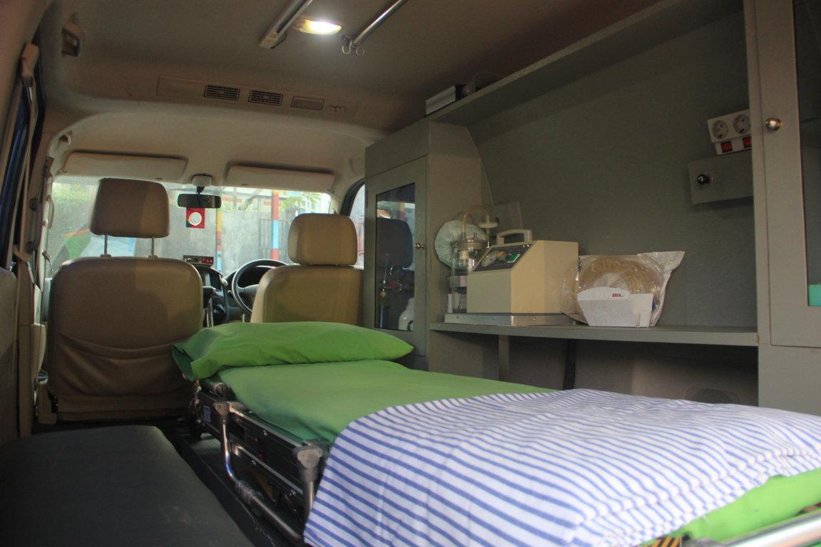 Ambulance 2 Small