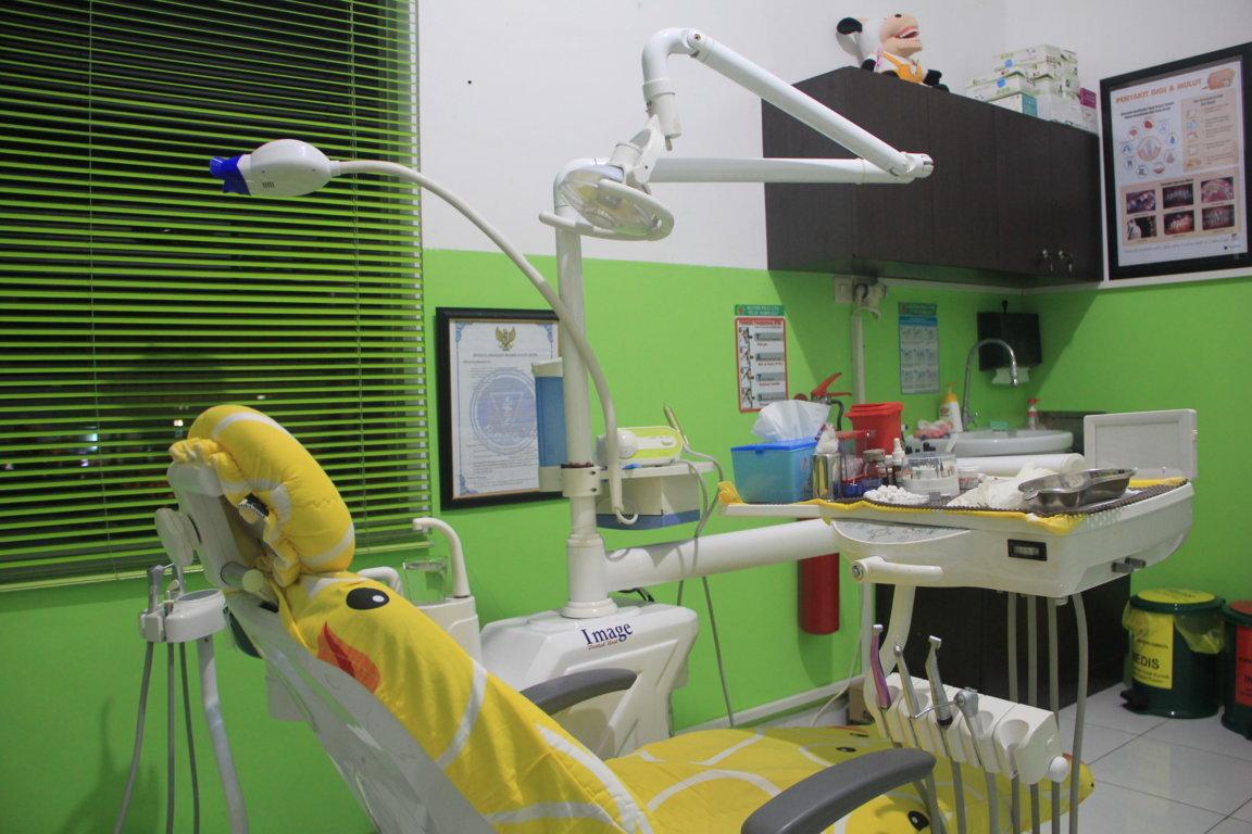 Ruang Dokter Gigi 1 Small